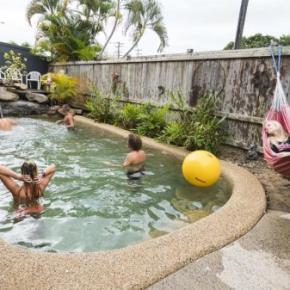 Hostelek és Ifjúsági Szállások - Castaway's Backpackers Cairns