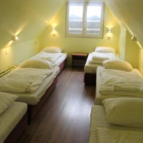 Hostelek és Ifjúsági Szállások - Dam Hotel