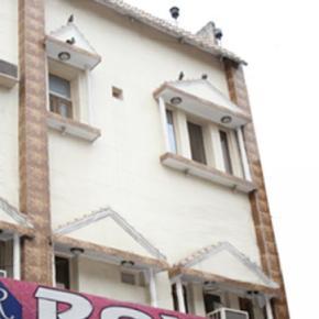 Hostelek és Ifjúsági Szállások - Hotel Roxy DX.