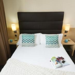 Hostelek és Ifjúsági Szállások - Hotel Apogia Nice