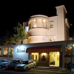 Hostelek és Ifjúsági Szállások - Hotel Ratnawali