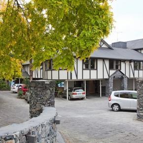 Hostelek és Ifjúsági Szállások - Mount Richmond Hotel