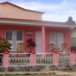 Hostelek és Ifjúsági Szállások - Villa Aracelys y Papo