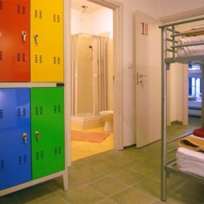 Hostelek és Ifjúsági Szállások - Hostel Colours
