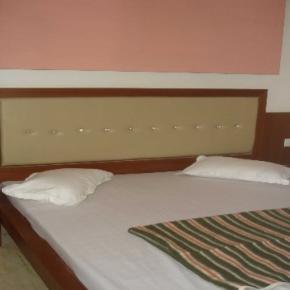 Hostelek és Ifjúsági Szállások - Hotel S.B.INN