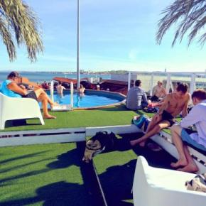 Hostelek és Ifjúsági Szállások - Sunset Destination Hostel