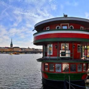 Hostelek és Ifjúsági Szállások - The Red Boat