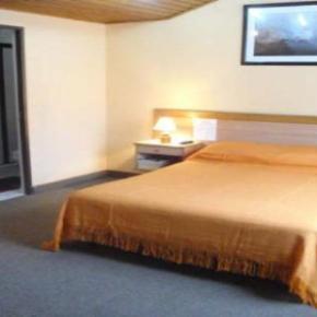 Hostelek és Ifjúsági Szállások - Charlies Place Hotel and Spa