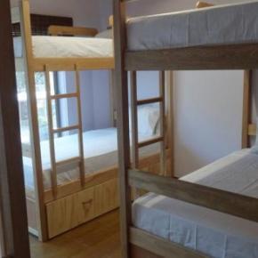 Hostelek és Ifjúsági Szállások - Purple Monkey Hostel