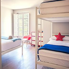 Hostelek és Ifjúsági Szállások - Alcazaba Premium Hostel