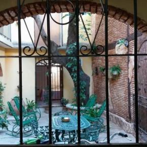 Hostelek és Ifjúsági Szállások - Hostal la Salernitana