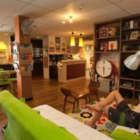 Hostelek és Ifjúsági Szállások - River City Inn