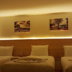 Hostelek és Ifjúsági Szállások - Otantik Guest House