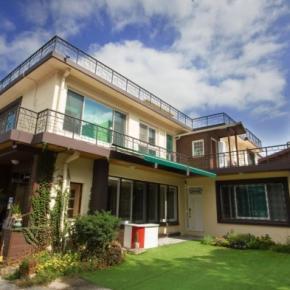 Hostelek és Ifjúsági Szállások - 24 Guesthouse Namsan Garden