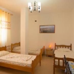 Hostelek és Ifjúsági Szállások - Almiri Guest House