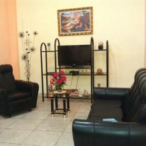 Hostelek és Ifjúsági Szállások - Hostal Cuba 215