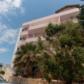 Hostelek és Ifjúsági Szállások - Hotel Piccolino