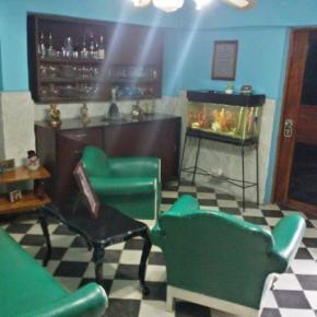 Hostelek és Ifjúsági Szállások - 'Fernandez Room Rentals'