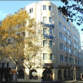 Hostelek és Ifjúsági Szállások - Devere Hotel