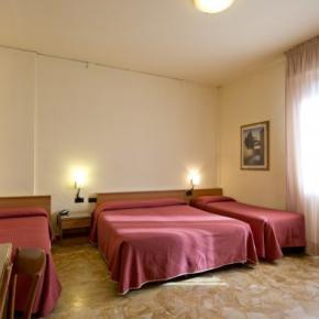 Hostelek és Ifjúsági Szállások - Careggi Hotel