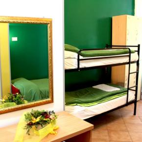 Hostelek és Ifjúsági Szállások - Legends Hostel