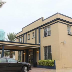 Hostelek és Ifjúsági Szállások - AAE Lombardy Hotel