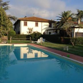 Hostelek és Ifjúsági Szállások - Airone Pisa Park Hotel