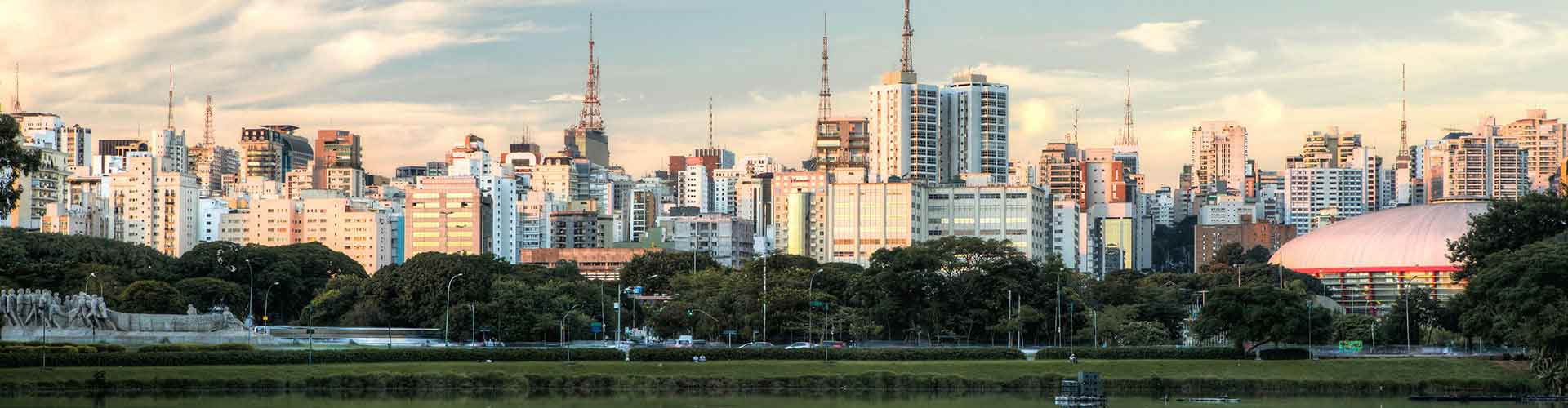 Sao Paulo - Ifjúsági Szállások közel Congonhas-São Paulo Repülőtér. Sao Paulo térképek, fotók és ajánlások minden egyes Ifjúsági Szállásra: Sao Paulo.