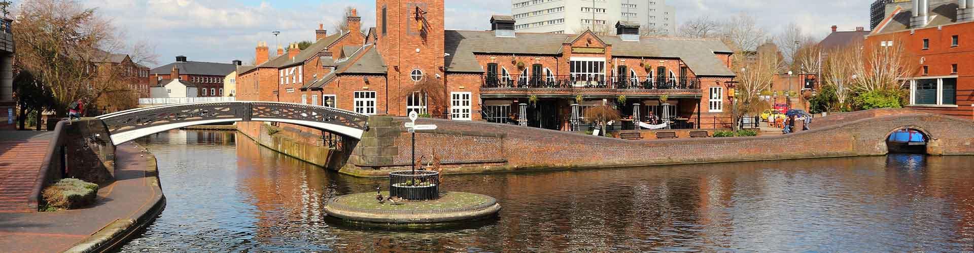 Birmingham - Lakosztályok Birmingham. Birmingham térképek, fotók és ajánlások minden egyes Birmingham lakosztályról.