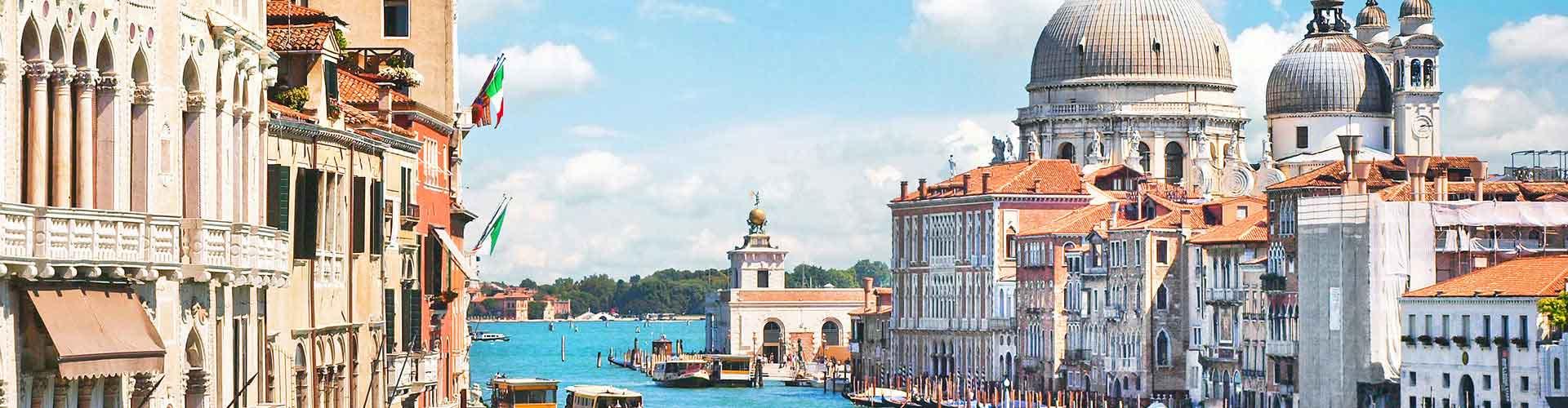 Velence - Ifjúsági Szállások Velenceben. Velence térképek, fotók és ajánlások minden egyes ifjúsági szállásokra Velence-ben.