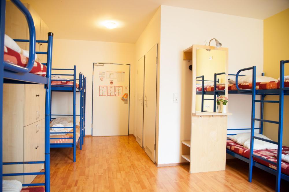 A & O Bécs Stadthalle Hostel Dorms