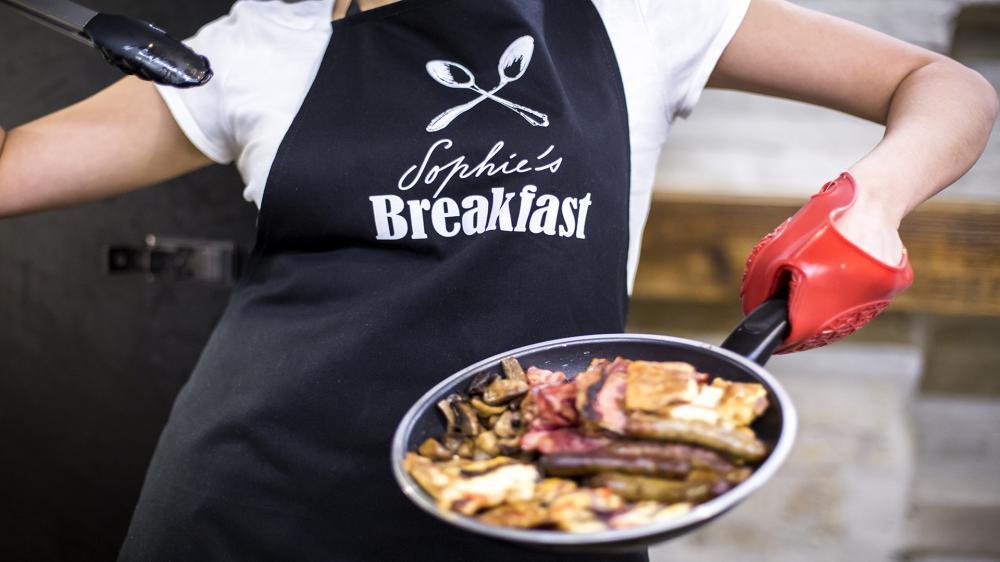 Reggeli svédasztalos és forró brunch (nem tartalmazza)