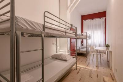 Hostelek és Ifjúsági Szállások - Queen Hostel