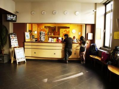 Hostelek és Ifjúsági Szállások - Van gogh youth hostel city centre