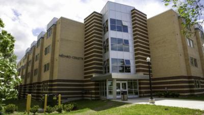 Hostelek és Ifjúsági Szállások - Backpacker College @ Université de Moncton - Residence Lefebvre