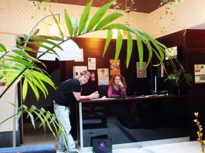 Hostelek és Ifjúsági Szállások - Oasis Backpacker's Sevillla Hostel