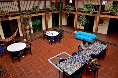 Hostelek és Ifjúsági Szállások - Hostal Fatima - Fatima Hostels