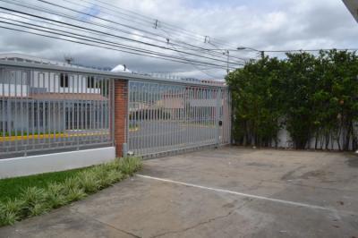 Hostelek és Ifjúsági Szállások - Capital Hostel de Ciudad