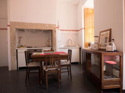 Hostelek és Ifjúsági Szállások - No Limit Alfama Guesthouse