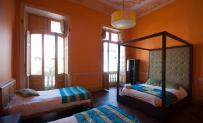 Hostelek és Ifjúsági Szállások - Happy House Hostel