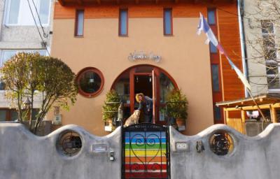 Hostelek és Ifjúsági Szállások - Shantee House