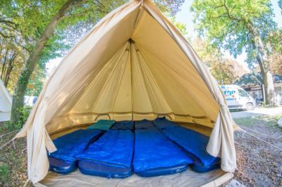 Hostelek és Ifjúsági Szállások - Valencia All-Inclusive Camping