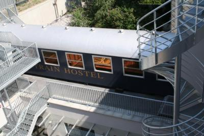 Hostelek és Ifjúsági Szállások - Train Hostel