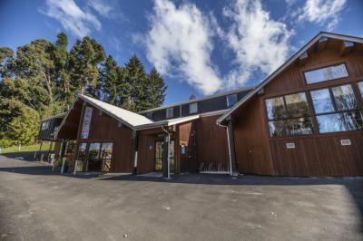 Hostelek és Ifjúsági Szállások - YHA Queenstown Lakefront